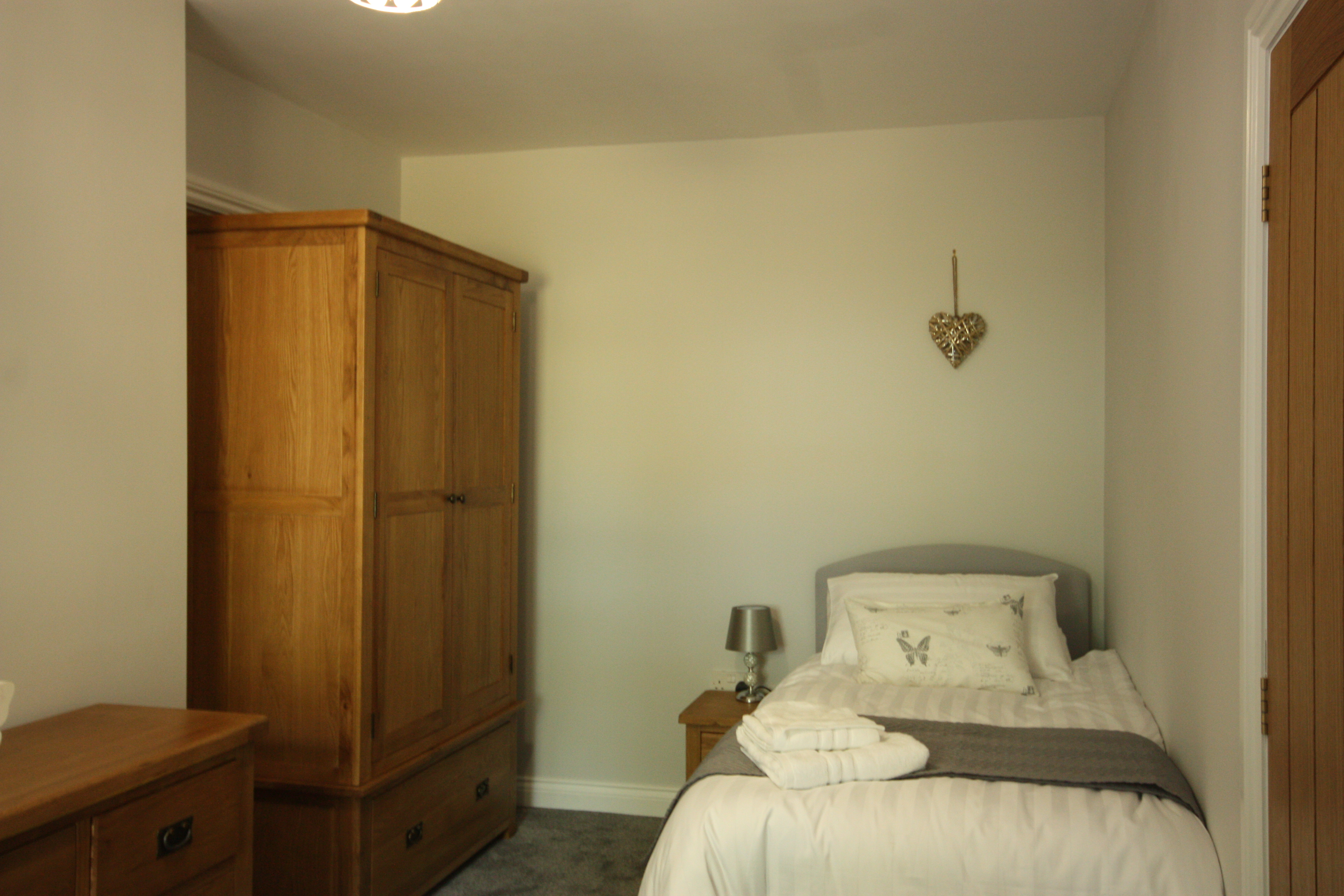 Ground Floor Twin Bedroom at Leesrigg Cottage
